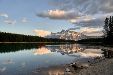 A beautiful engagement session at Vermillion Lake in Banff, Alberta