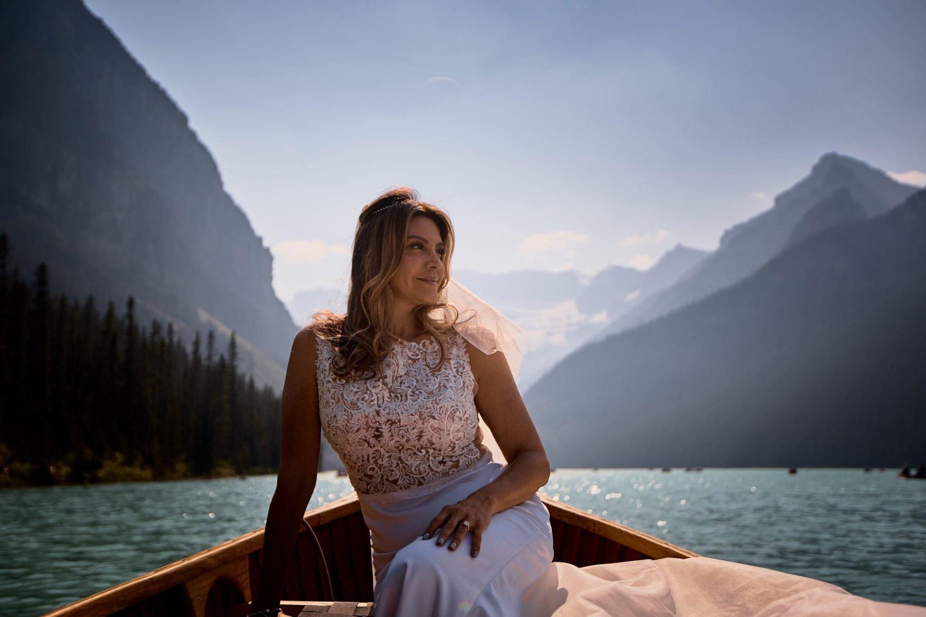Wedding photography Fairmont Lake Louise Banff Canoe